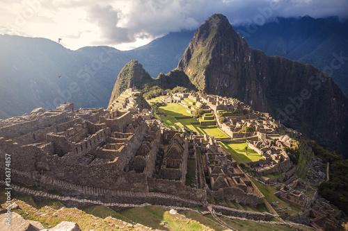 Spoed Foto op Canvas Zuid-Amerika land Peru, Machu Picchu on the sunset.