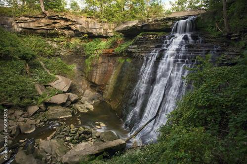 Valokuvatapetti Brandywine Falls