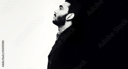 Photographie  Creative portrait of a guy - Good and bad side