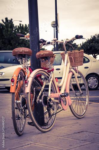 Deurstickers Fiets Classic vintage retro city bicycle in Palma de Mallorca, Spain