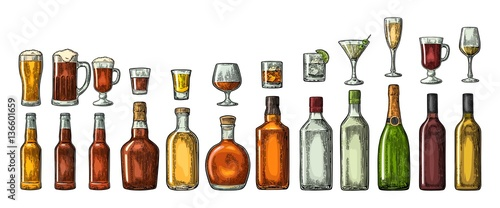 Stampa su Tela Set glass and bottle beer, whiskey, wine, gin, rum, tequila, cognac, champagne, cocktail, grog