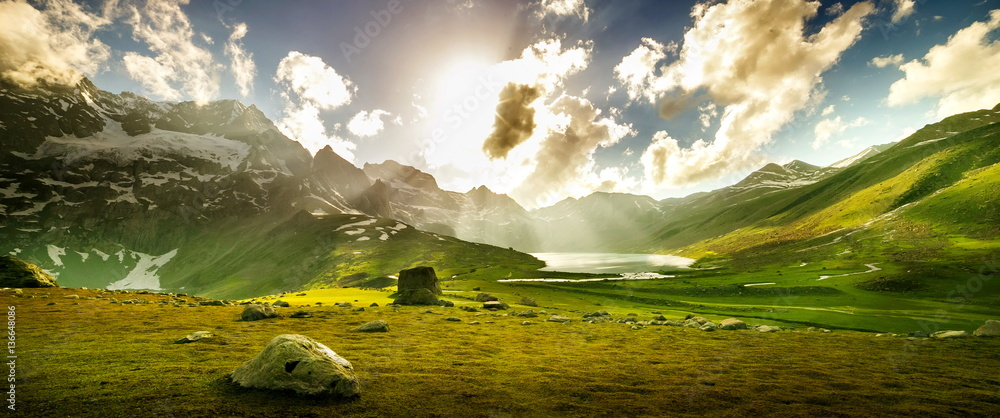 Fényképezés  Beautiful mountain view with lake of Sonamarg, Jammu and Kashmir state, India