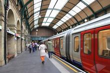 Metro De Londres Estación 0651-f17