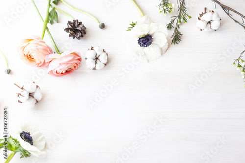 Foto op Canvas Bloemen Cute and stylish branding mockup photo wit flowers.