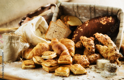 In de dag Bakkerij Bakery product assortment with bread loaves, buns, rolls and Dan