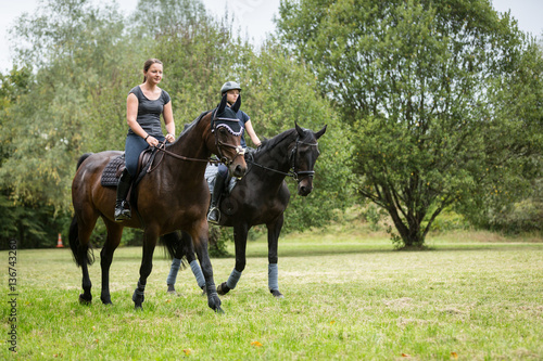 Poster Equitation Friends Going For A Ride