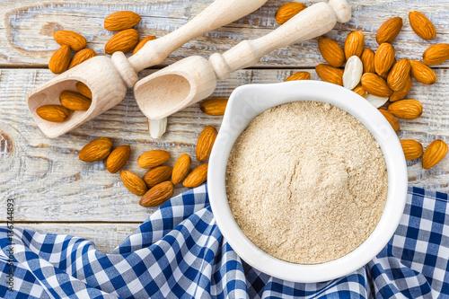 Fototapeta Almond flour and nuts obraz