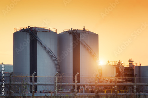 Canvas Print Natural Gas storage tanks , Oil tank , LPG , Petrochemical plant , Petroleum