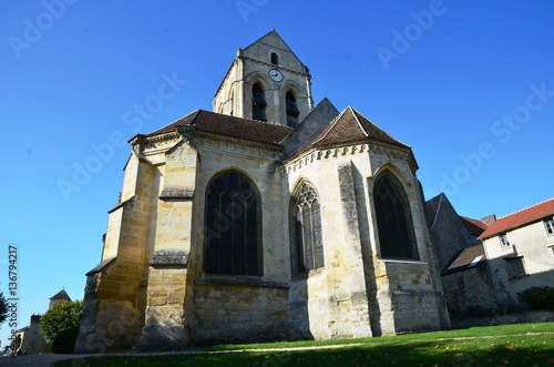 Façade de l'Eglise d'Auvers sur Oise, France Canvas Print