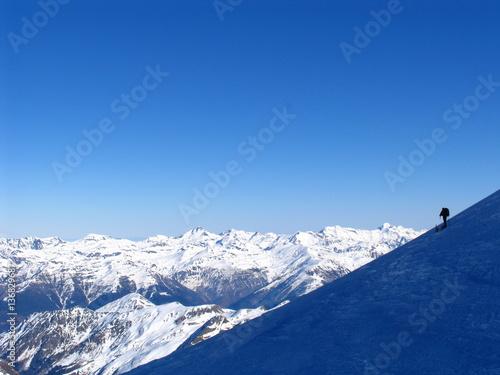Fotomural Sobre la ladera helada