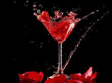 Red Strawberry Valentine Cocktail Splash