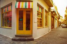 Traditional Multicolor Facade ...