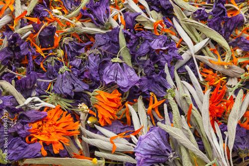 Fotobehang Paradijsvogel Organic herbal tea mix with calendula, mallow, Chamomilla and sage