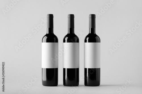 Wine Bottle Mock-Up - Three Bottles. Blank Label Fototapet