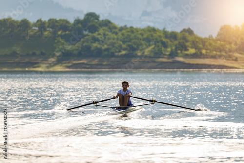 Fotografie, Obraz  single rower at sunrise