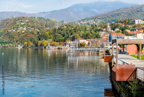 Valokuva  Luino, is a small town near the border with Switzerland on the eastern shore of