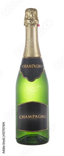 zamknieta-butelka-szampan-odizolowywajacy