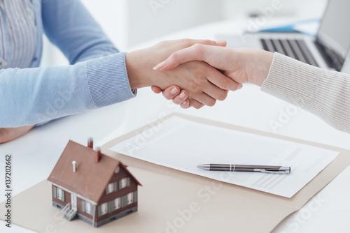Zdjęcie XXL Kredyt mieszkaniowy i ubezpieczenie
