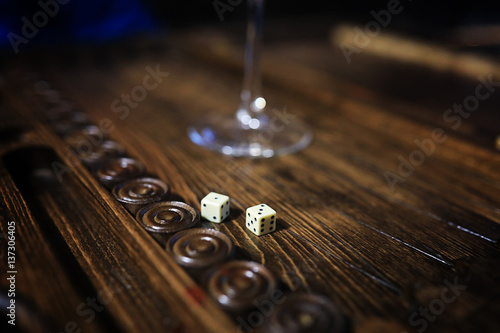 Fotografie, Obraz game table handmade dice and backgammon Gambling