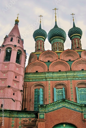 Papiers peints Con. Antique Epiphany church. Yaroslavl, Russia. Famous historic building, popular touristic landmark in Yaroslavl city center which is UNESCO World Heritage Site.