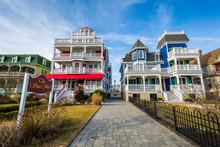 Houses Along Beach Avenue, In ...