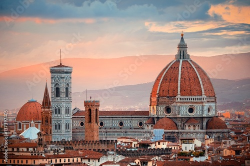 Obraz na plátne Florence Cathedral skyline sunset
