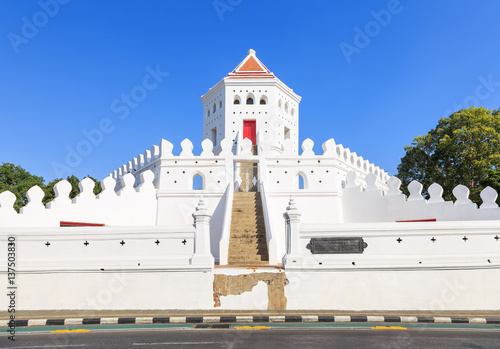 Photo Stands Fortification Phra Sumen Fort near grand palace in Bangkok, Thailand