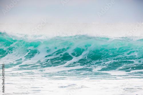 Stickers pour porte Eau Blue wave in ocean. Sunny day