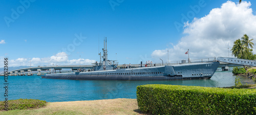 Photo  The USS Arizona Memorial in Hawaii USA