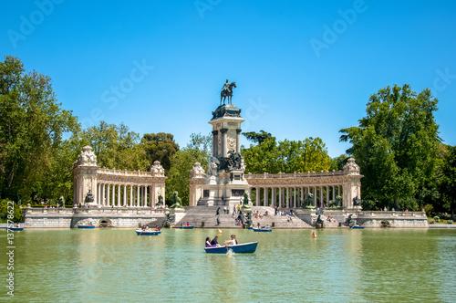 Foto  Park del Retiro in Madrid, Spain
