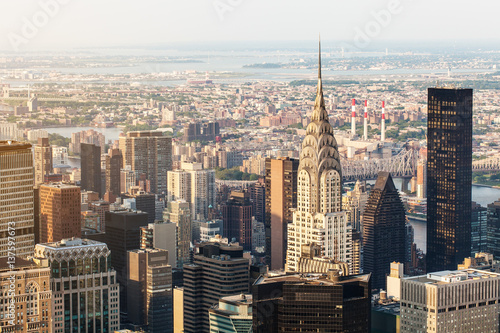 Fotografía  New York City Manhattan, Chrysler Building, aerial view with skyscrapers