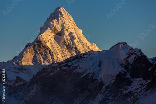 фотография  Ama Dablam in Nepal