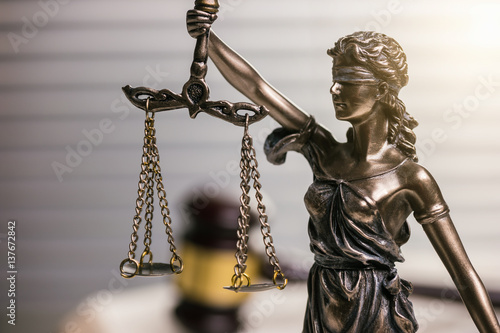 Fototapety, obrazy: Lady Justice Statue with Wooden gavel
