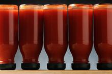 Solanum Lycopersicum Τομάτα Cà Chua Tomato Pomodoro Rajče Jedlé Rajčica עגבנייה Paradicsom Növényfaj 番茄 Domates Roșie มะเขือเทศ Pomidor Zwyczajny Томат  Tomate Bloody Mary