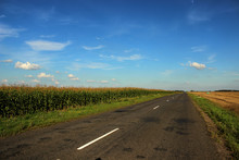 Beautiful Road Stretches Into ...