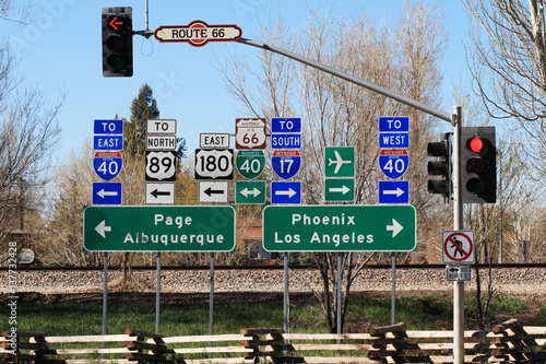 Photo  route 66 interstection signs