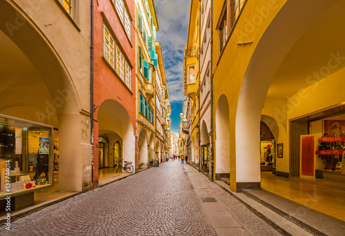 Fotografie, Obraz  People going shopping in the streets of Bolzano