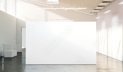 Photographie Blank white wall mockup in sunny modern empty gallery, 3d rendering