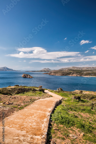 Foto op Plexiglas Cyprus Cape Sounion with patchway in Greece