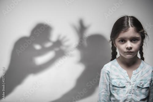 Obraz na płótnie Silhouette of parents expressing quarrel
