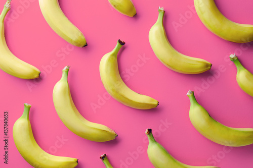 Leinwand Poster Colorful pattern of bananas