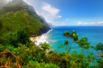 Fototapeta Morze View of the famous Kalalau trail along Na Pali coast of the island of Kauai