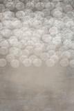 ręcznie malowane wzór spirali na szarym tle teksturowanej - 137949424