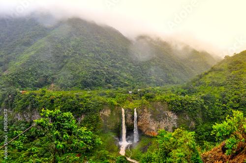 Obraz na plátně Waterfall Manto de la Novia in Banos de Agua Santa, Ecuador