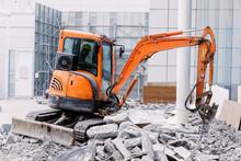 Robot Equipment Is Destroying ...