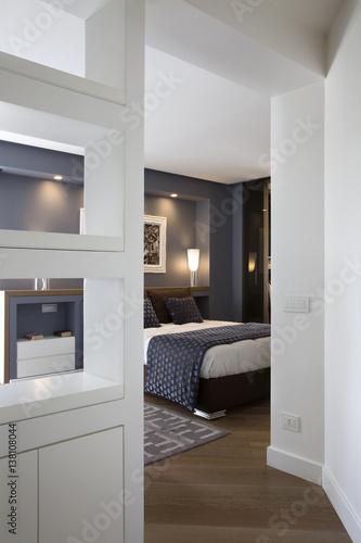 Camera da letto – kaufen Sie dieses Foto und finden Sie ähnliche ...