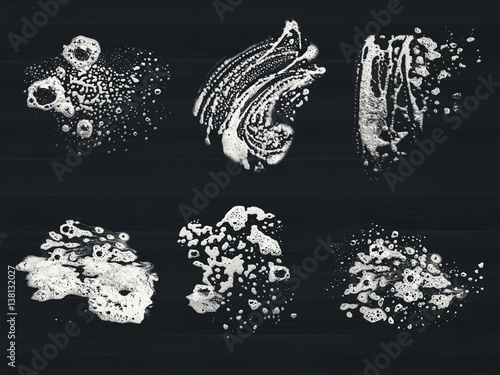Fotografie, Tablou  suds isolated in dark background