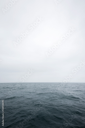 Poster Gris Scenic View Of Sea