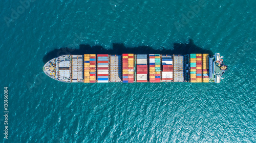 Obraz na plátne  container ship in import export and business logistic