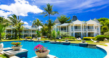 Tropical Vacations. Luxury Res...